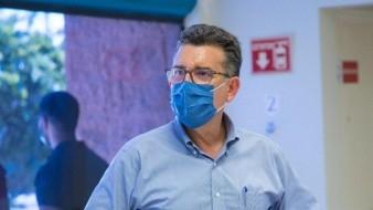 Enrique Clausen Iberri, secretario de Salud.