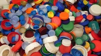 En la colecta se recibirán tapitas de plástico, botellas, papel y botes de aluminio