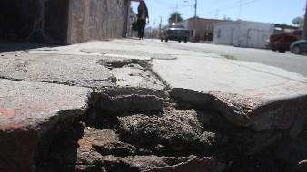 El deterioro en las banquetas es frecuente en Hermosillo y es uno de los factores en la incidencia de accidentes
