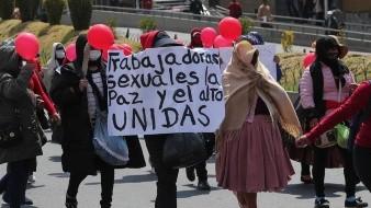 Trabajadoras sexuales exigen trabajar legalmente con su fuente de ingresos en Bolivia