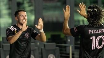¡Duelo Azteca en MLS! Inter Miami, de Pizarro, doblega al Atlanta, de Damm, por 2-1