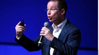 Emilio Lozoya narró en su demanda que entregó a Ricardo Anaya 6.8 millones de pesos en pago por aprobar la reforma energética y para apoyar su posible candidatura al gobierno de Querétaro.