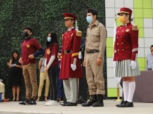 Entregan Uniformes de Escuela Militarizada