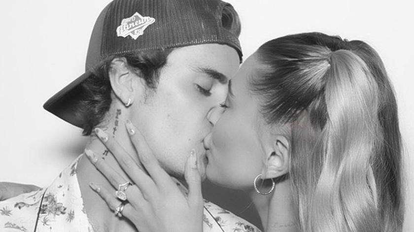 Los fans y seguidores comenzaron a sacar diferentes versiones sobre Justin y Hailey en donde aseguraron que estaban deseosos de ser padres.(Cortesía Instagram)
