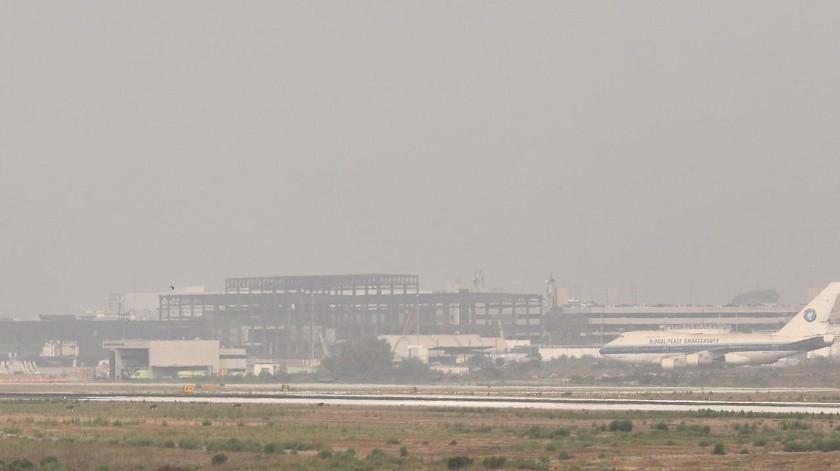 Afecta neblina a vuelos en Tijuana(Sergio Ortiz)