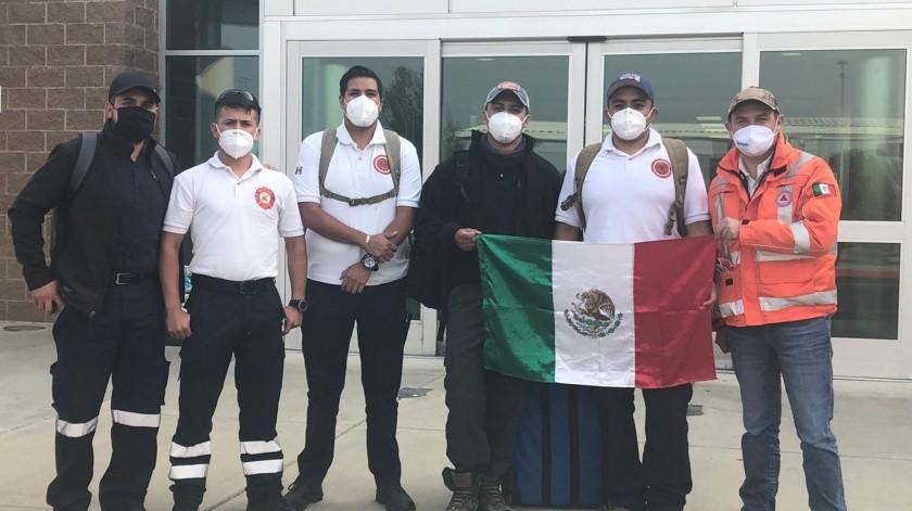 Los 'tragahumo' viajaron con recursos propios a Estados Unidos para apoyar a su ciudad hermana(Twitter de Ámbar Rodríguez)