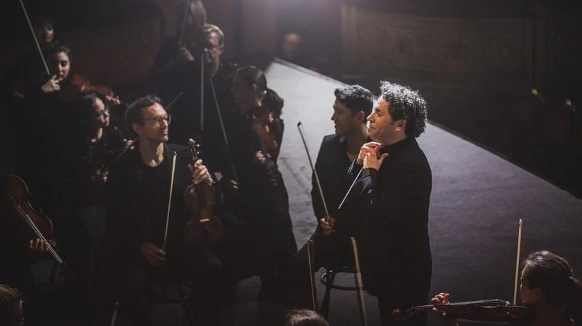 Gustavo Dudamel invita al público a las profundidades de una orquesta