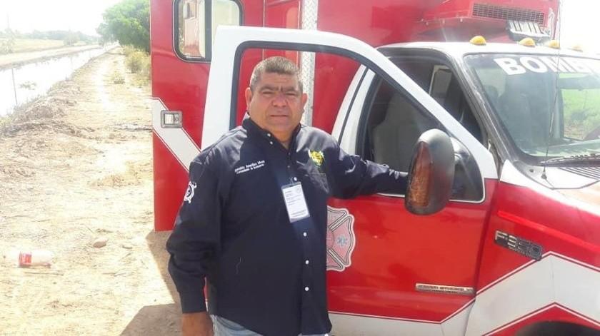 El jefe de la Unidad Municipal de Protección Civil, Reinaldo Amarillas Meza libró una dura batalla contra el Covid-19.(Cortesía)