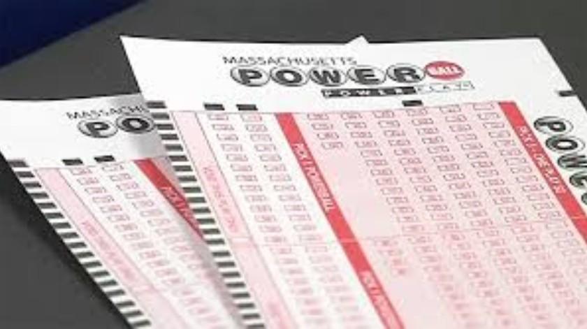 Apuesta en lotería durante 20 años a los mismos números y gana 2 millones de dólares(Tomada de la red)