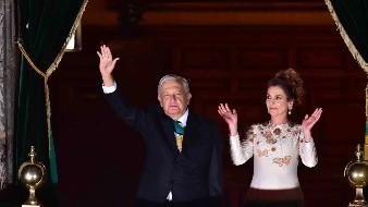 Qué representa el color del vestido usado por Beatriz Gutiérrez Müller en el Grito de Independencia realizado por AMLO
