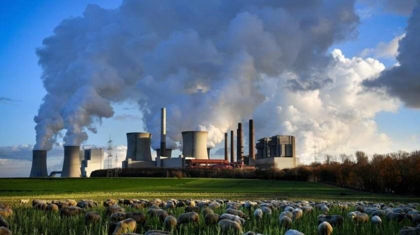 Estudio: Calentamiento global emite ocho veces más dióxido de carbono que erupciones volcánicas