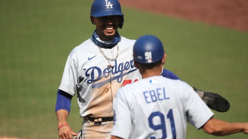 Los Dodgers tienen 3.5 juegos de ventaja sobre los Padres.(Internet)