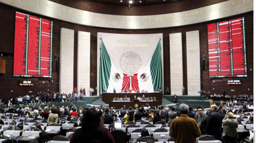 El coordinador de la mayoría de los legisladores de Morena, Mario Delgado aseguró que no es puente(Archivo GH)