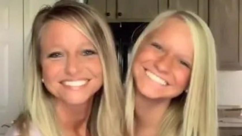 El impactante parecido de una madre de 41 años y su hija de 16 que está conquistando TikTok.(Captura de video)