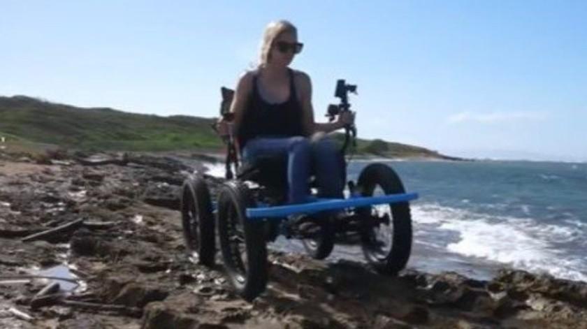 Crea silla de ruedas para que su esposa pueda correr a 20 kilómetros por hora