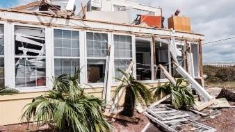 Sally deja un muerto e inundaciones en su avance por el sureste de EU