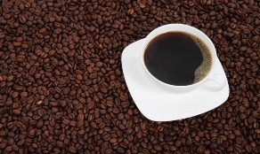 Así que el café se debe tomar sin azúcar.