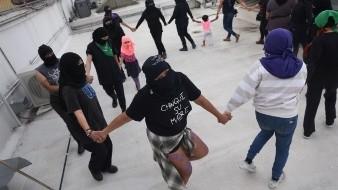 Rompen colectivos relaciones tras 14 días de toma en CNDH