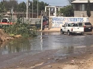Rosarito: Vierten aguas negras en arroyo que va al mar