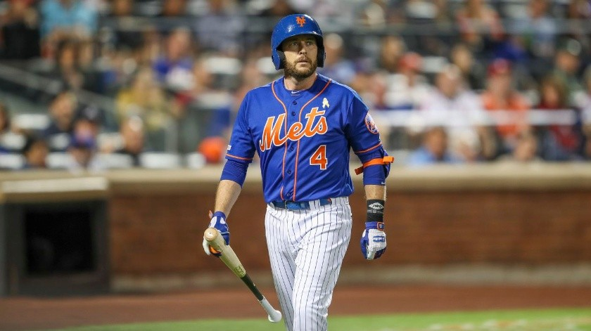 Jed Lowrie nunca pudo jugar un partido completo con los Mets.(AP)