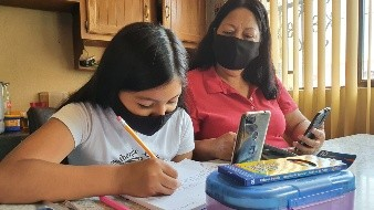 Prevén atraso educativo por clases en línea