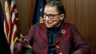 Ruth Bader Ginsburg, Jueza de la Corte Suprema de EU, pionera por la igualdad de mujeres y hombres