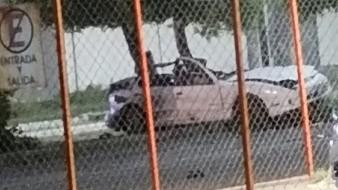 El fatal accidente se registró en la madrugada y dejó dos víctimas mortales