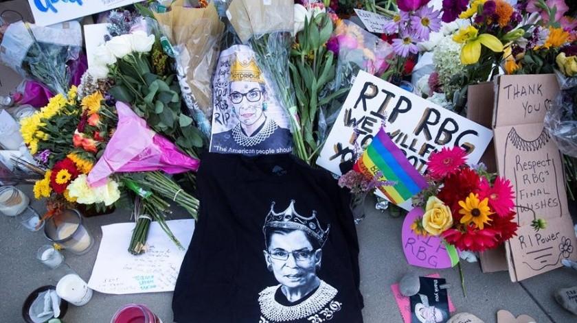 Miles de personas acudieron a despedir a la juez Ruth Bader Ginsburg, quien falleció el viernes pasado a la edad de 87 años.(EFE)