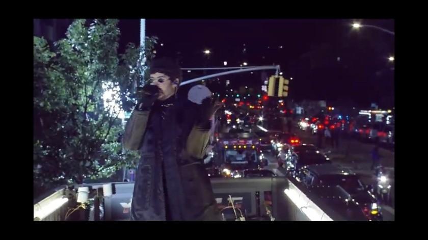 Bad Bunny da concierto en movimiento sobre un trailer en Nueva York(Captura)
