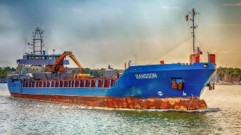 21 detenidos y buque asegurado por robo de combustible en Veracruz