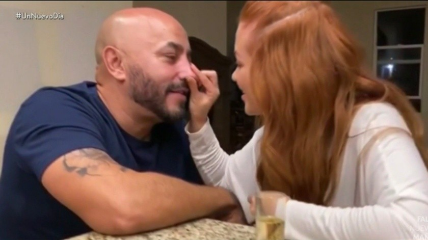 Lupillo Rivera presume nueva novia y… ¿manda indirecta a Belinda?(Internet)