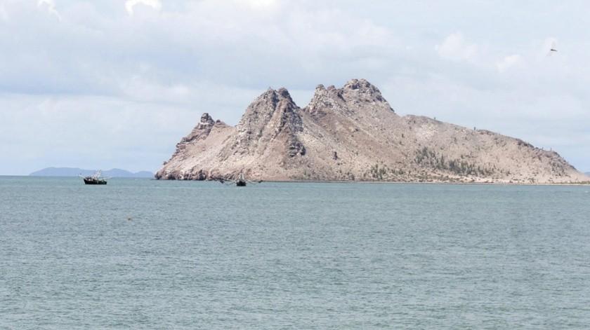 El joven relató a los policías que se dirigía en kayak a la Isla de Alcatraz, cuando una ola lo volcó.(Banco Digital)