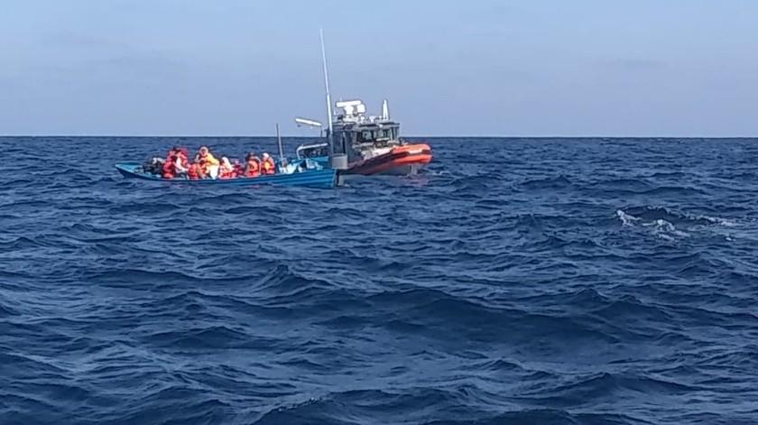 La Estación Naval de Búsqueda Rescate y Vigilancia Marítima de Ensenada, ha rescatado a 35 personas en menos de 24 horas.(Cortesía)