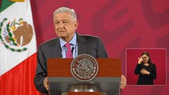 El presidente Andrés Manuel López Obrador retó a varios comunicadores a dormir en el Zócalo.