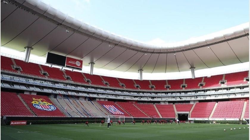 Chivas y Atlas serían los primeros clubes de la Liga MX en recibir a aficionados(Instagram @chivas)