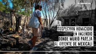 """""""Pido justicia porque hoy fue mi hermana, mañana va a ser alguien más"""", expresó entre lágrimas Ernestina Ibarra, quien se identificó como hermana de la mujer que murió en un incendio residencial en el fraccionamiento Misión de Puebla este jueves por la madrugada."""