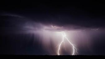 La Onda Tropical Número 36 recorrerá el occidente de México, ocasionando lluvias puntuales muy fuertes en Colima, Guerrero, Jalisco y Michoacán.