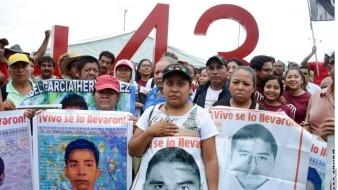 Ayotzinapa: Emprenden marcha a seis años de la desaparición forzada de los 43 normalistas