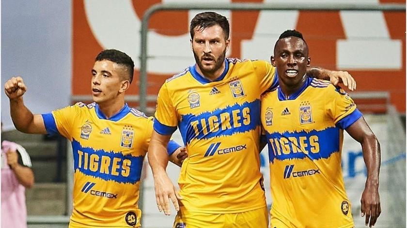 """Tigres se lleva el """"Clásico Regio"""" al vencer a Rayados por 2-0(Instagram @clubtigresoficial)"""