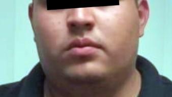 """Una orden de aprehensión por su posible participación en el homicidio calificado en contra de Luis Carlos Cano Martínez, alias """"Titi"""", un joven estudiante y deportista, fue ejecutada por elementos de la Agencia Ministerial de Investigación Criminal (AMIC)"""