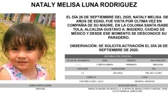 Nataly Melisa es de piel muy clara, complexión delgada, mide 1.20 metros de estatura, tiene el cabello lacio, color castaño claro y sus ojos son grandes, color negro.