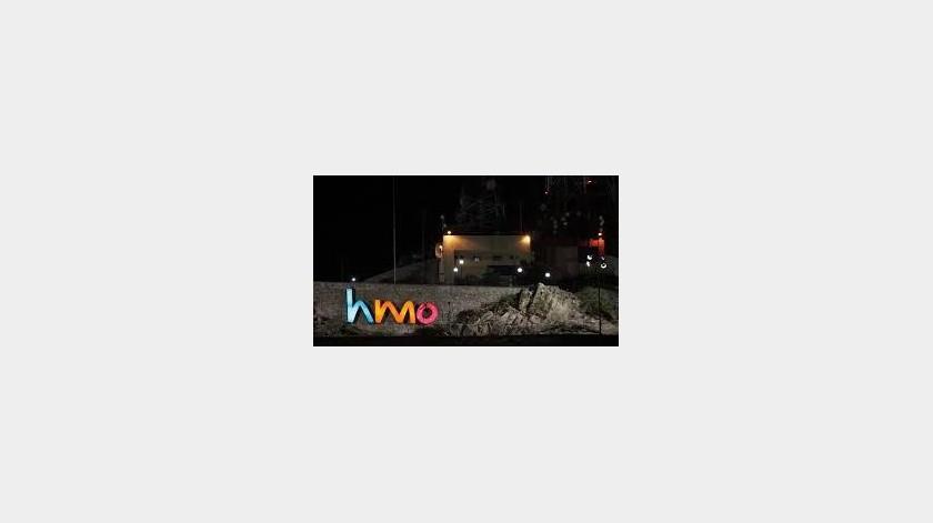 """Retiran siglas """"HMO"""" del Cerro de la Campana, en Hermosillo, tras ser vandalizadas(Especial)"""