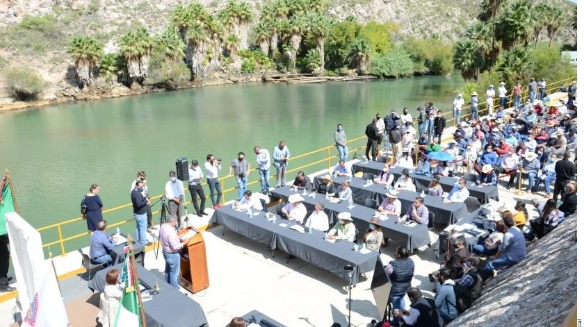 Se han dado a conocer los nombres de las familias y empresas que reciben más agua de la presa(Archivo GH)