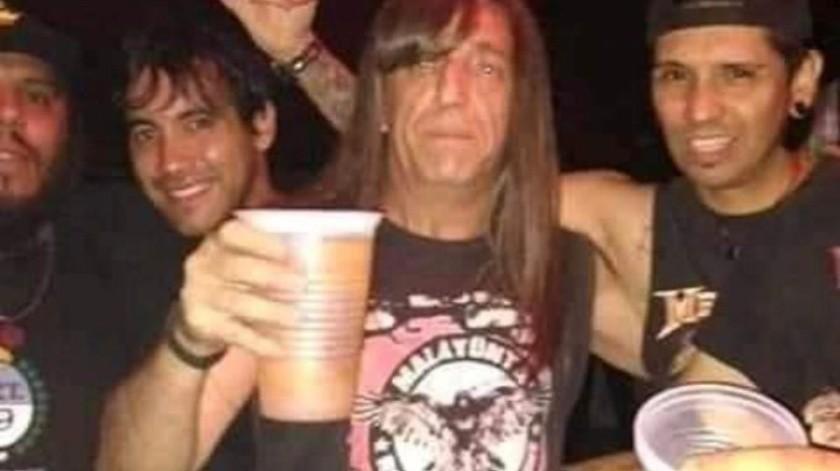 """Phil Claudio González cobró fama tras ser conocido como """"El Chavo del 8 Metalero""""(Especial)"""