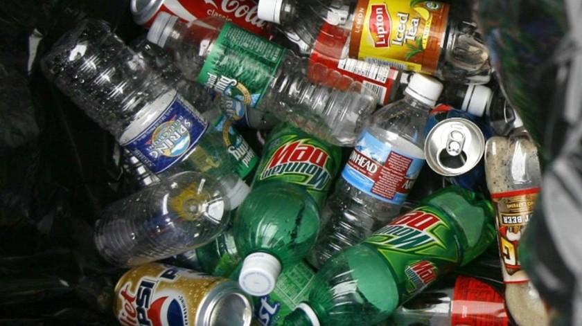 Tailandia mandará a casa de excursionistas la basura que dejaron en parque(Especial)