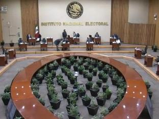 Elige INE a Luis Alberto Hernández como nuevo presidente del Ieebc