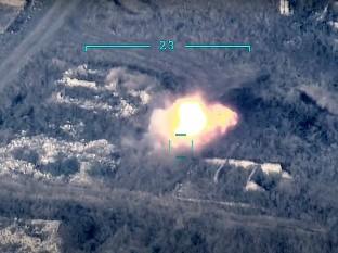 Los combates con uso de armamento pesado que tienen lugar en la zona son la escalada más grave en los últimos años. La región de Nagorno Karabaj, oficialmente parte de Azerbaiyán, está gobernada por armenios y está en el centro del enfrentamiento entre Armenia y Azerbaiyán.