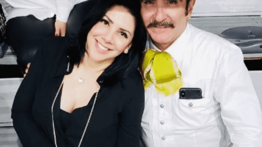 Vicente Jr.  nunca pidió alguna compensación, además de que tampoco estará obligado a darle dinero a su ex esposa.(Cortesía)