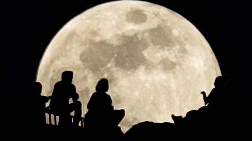 A la luna de cosecha se le conoce así porque ocurre más cerca del equinoccio de otoño(El Imparcial)