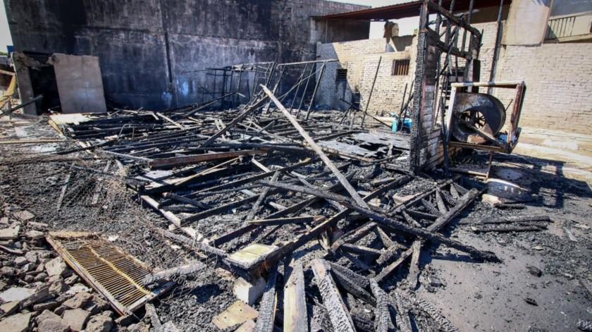 Antes y después del incendio de la casa del general Esteban Cantú(Saúl Martínez)